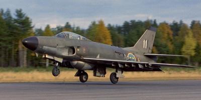 Saab Lansen J32